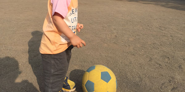 初めてのサッカーボールはこれ一択!