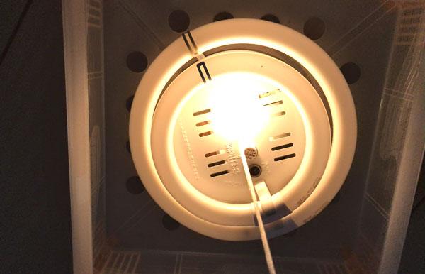 【寝る時は真っ暗?常夜灯?】子どもの成長を最大化させる寝室の照明とは