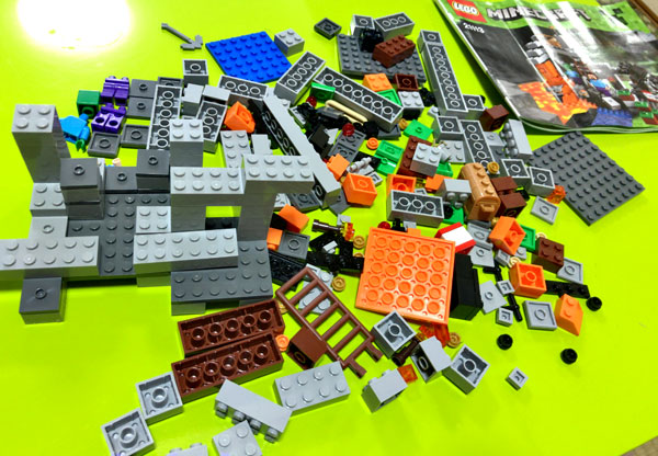 【マイクラ】子どもが大喜びしたマインクラフトのレゴ(ザ・ケイブ 洞窟)_09