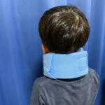 子どもがサッカーをしてたら首を痛めて救急外来に行った話