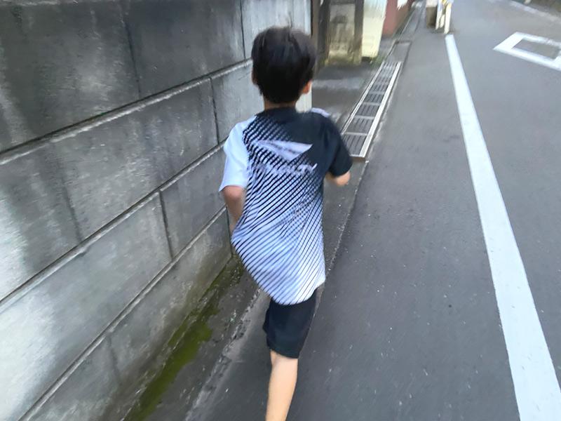 【親子ラン】小学生の息子にランニングシューズを買った話